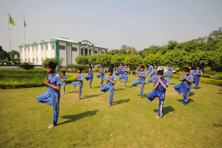 Templeten College-Yoga