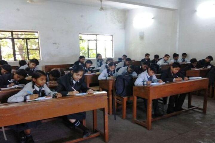 Adarsh Vidyalalya English Medium Higher Secondary School-Classroom