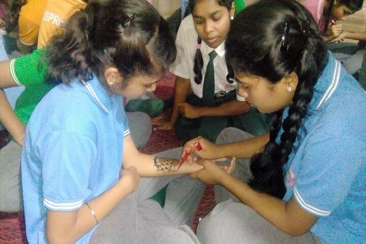 Adeshwar Public School Bastar-Mehindi Competition