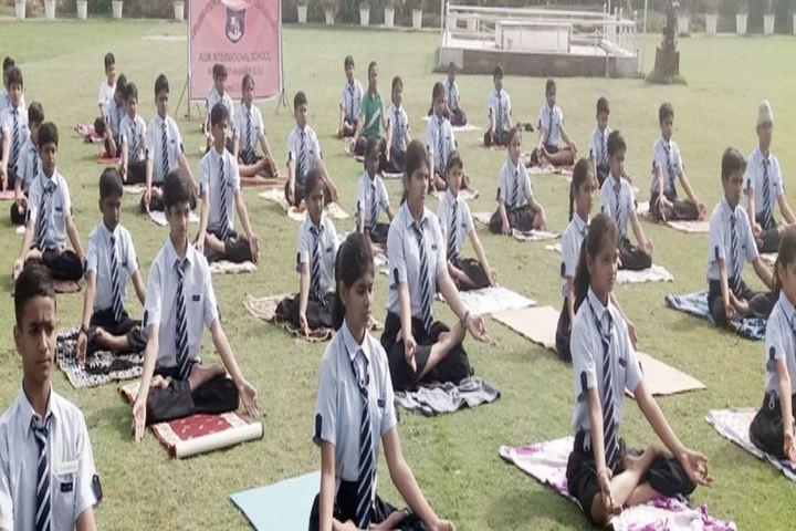 Alok International School-Yoga