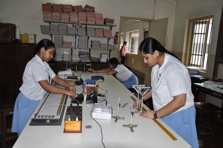Ashok Hall Girls Higher Secondary School-Lab
