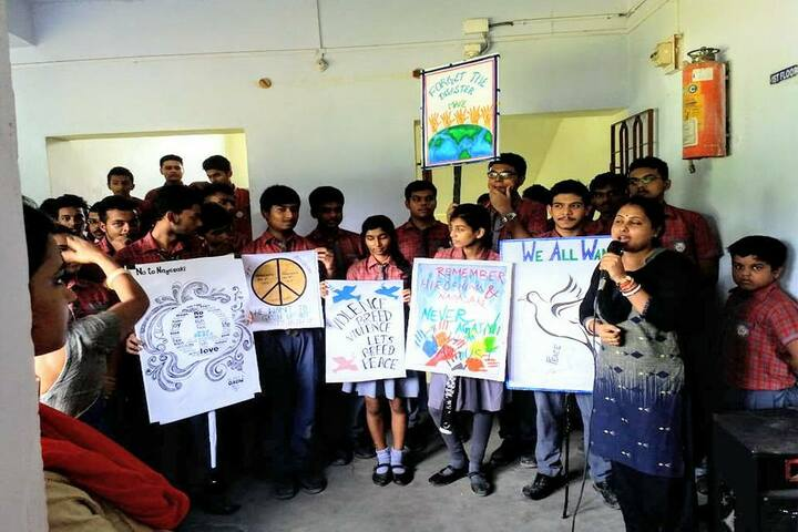 Chakdaha Model School-Art
