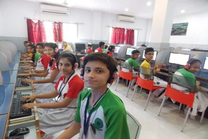 DAV School-Computer-Lab