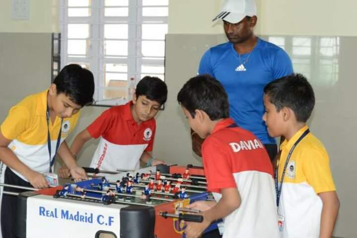 DAV School-Indoor Games