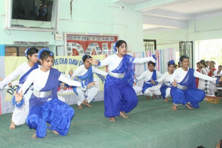 Devi Sushila Khedia Dav Public School-Dance