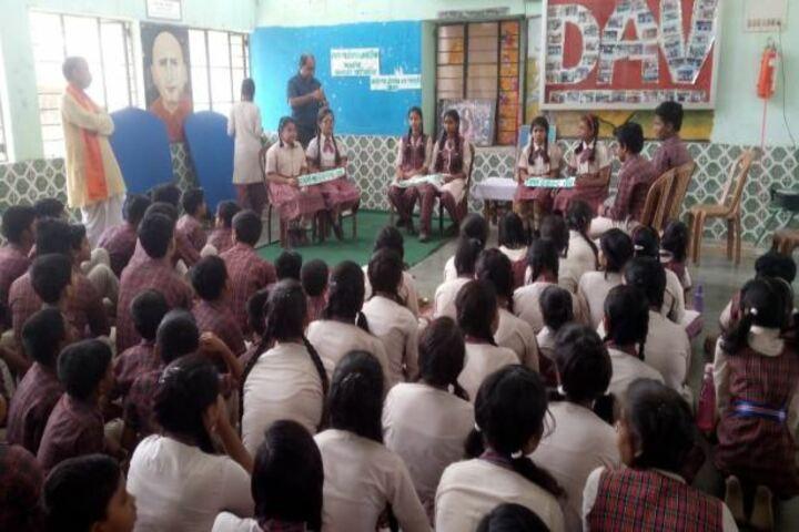 Devi Sushila Khedia Dav Public School-Debate