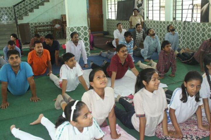 Devi Sushila Khedia Dav Public School-Yoga