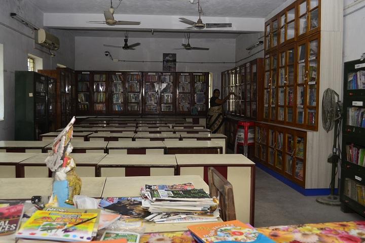 Kalyani Central Model School-Library