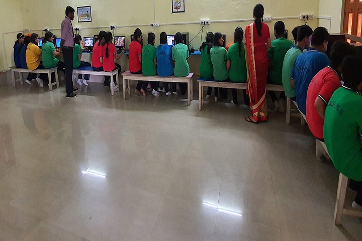 Kamal Kumari Devi Model School-IT-Lab