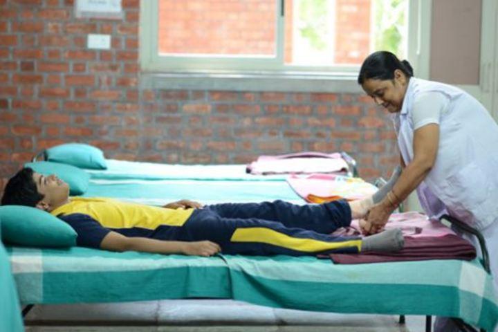 Bhavans Ram Kishore Sarda Vidya Mandir-Medical Facility