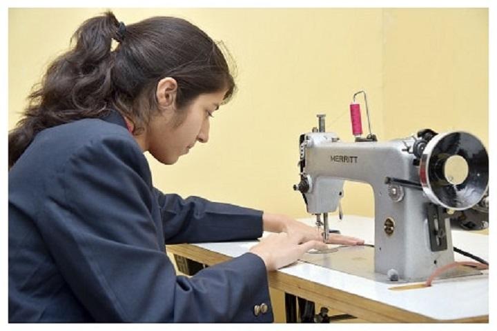 Lakshmipat Singhania Academy-Fashion Studio
