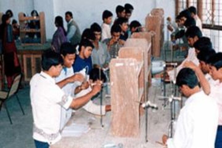 Model School-Chemistry Lab