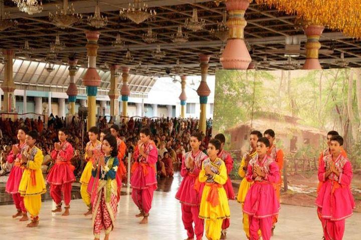 Sri Sathya Sai Gurukulam English Medium School-Dance