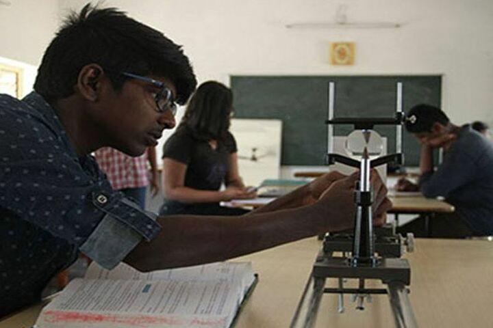 The Peepal Grove School-Lab