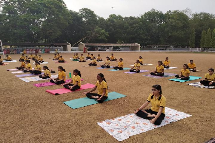 DAV Public School - Yoga Class