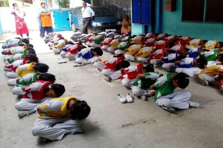 St Alberts High School-Yoga