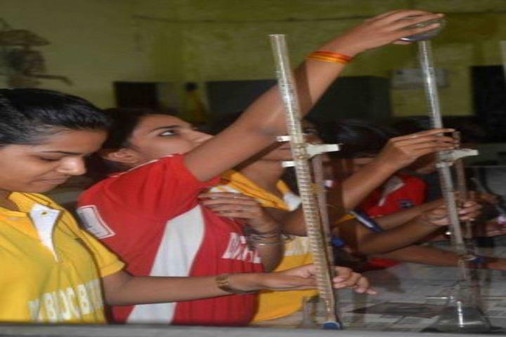 DDM Public School-Chemistry LAb