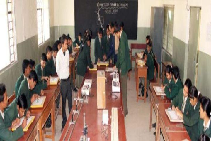 DDM Public School-Physics Lab