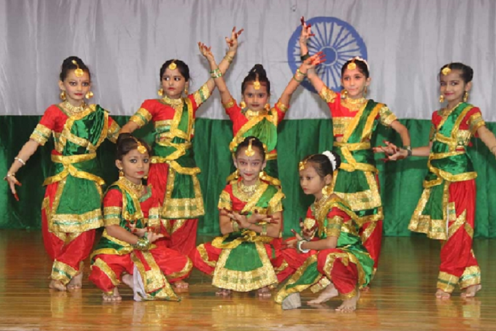 Saint PaulS School-Events independence day