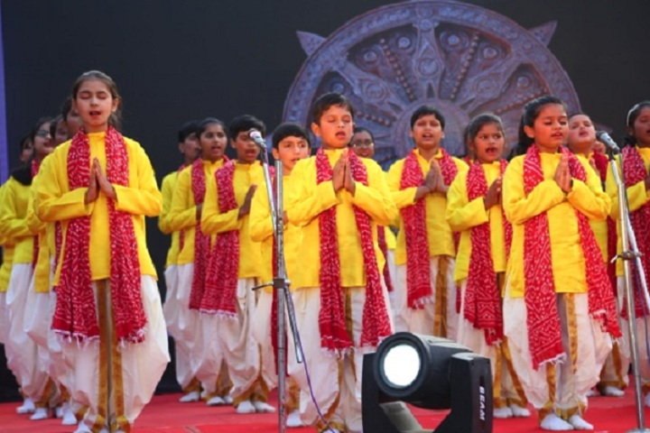 Dr Vijaypat Singhania School-Events singing