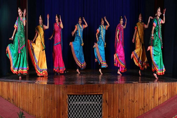 Auckland House School-Events dance