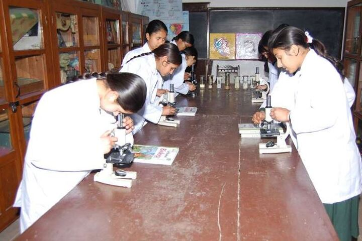 St Pauls Senior Secondary School-Physics Lab