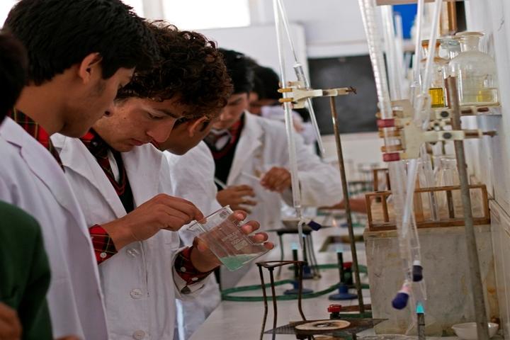 Kullu Valley School-Chemistry Lab