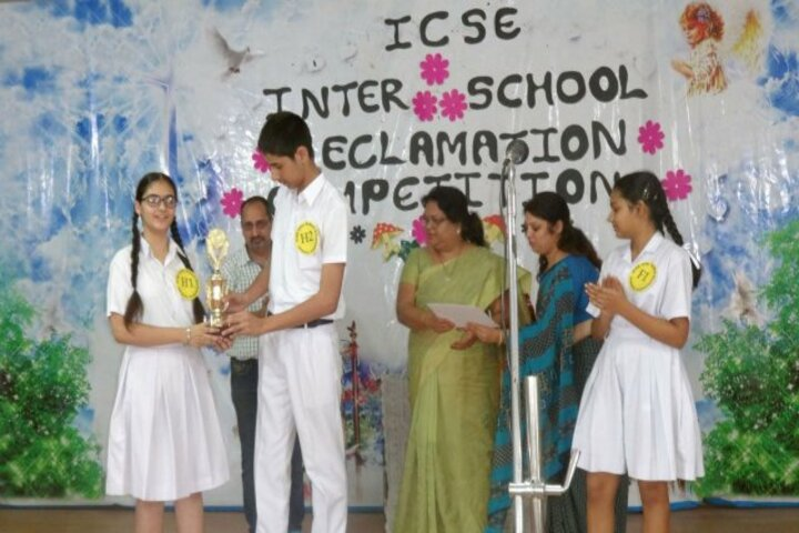 Carmel Convent School-Declamation Contest