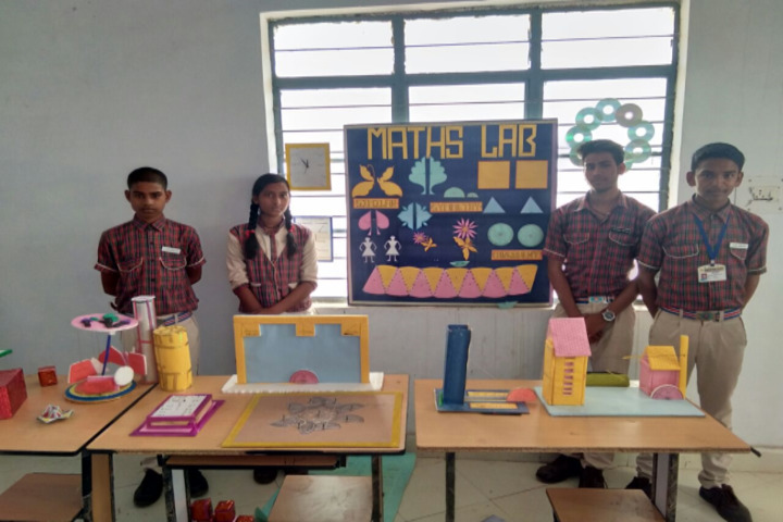 DAV Mukhyamantri Public School-School Exhibition