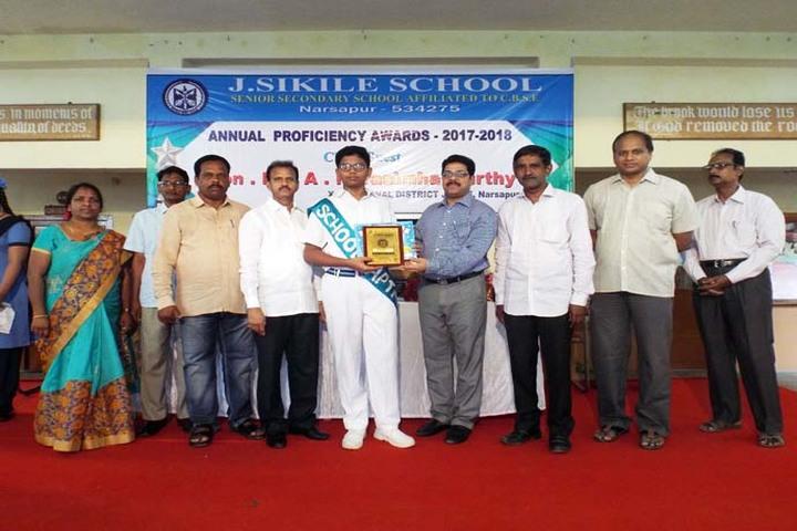 J Sikile Foundation School-Award Receiving