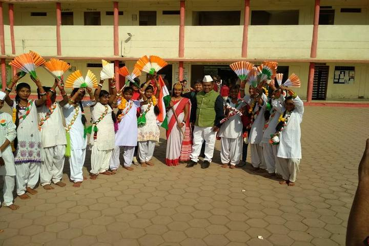 DAV Mukhyamantri Public School-Independence Day