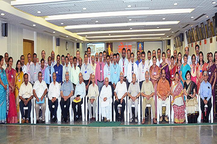 Dav Mukhyamantri Public School-Others staff