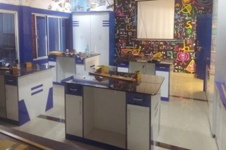 DAV Mukhyamantri Public School-Physics Lab