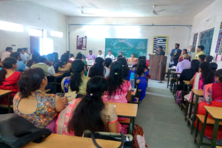 DAV Mukhyamantri Public School-Classroom