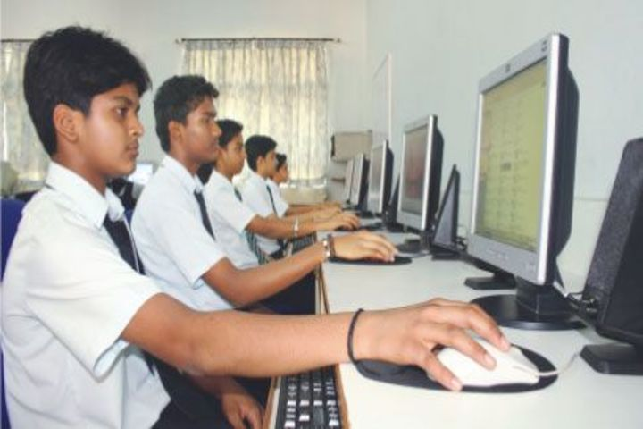 Sharada Residential School-Computer Lab