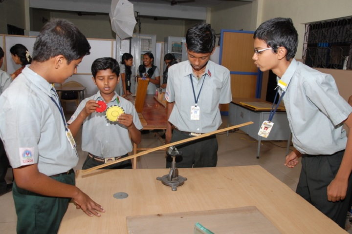 Basavarajeswari Public School And College-Physics Lab