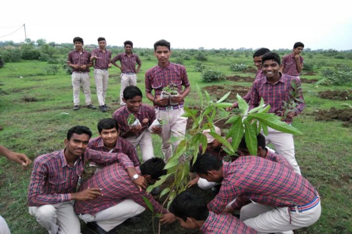 DAV Mukhyamantri Public School-Tree Plantation