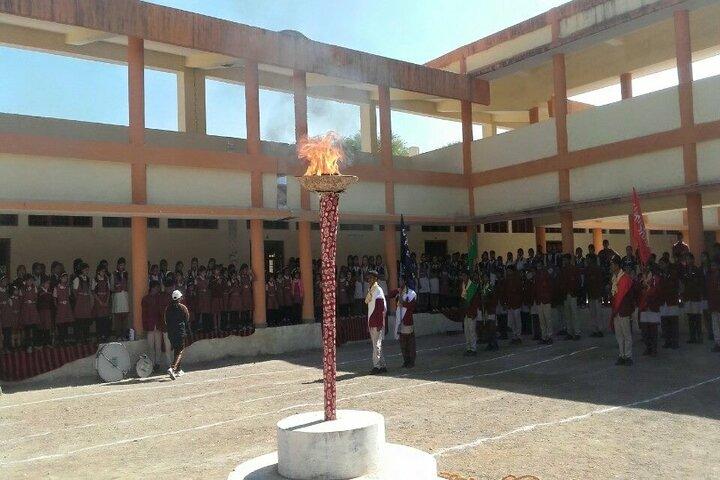 Dav Mukhyamantri Public School-Sports Day