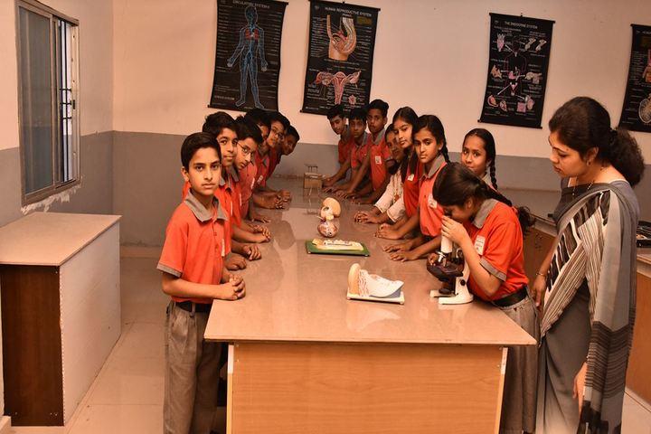 Arihant International Academy-Biology Lab