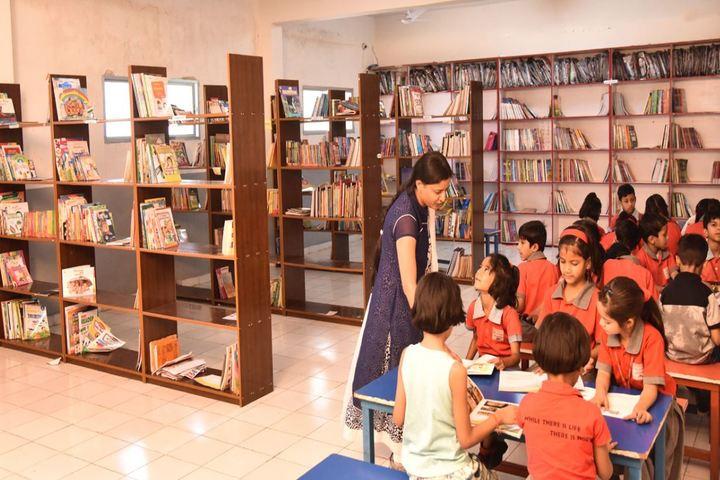 Arihant International Academy-Library