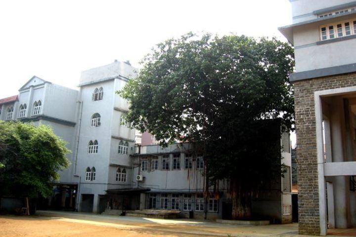 Bombay Scottish School-Campus