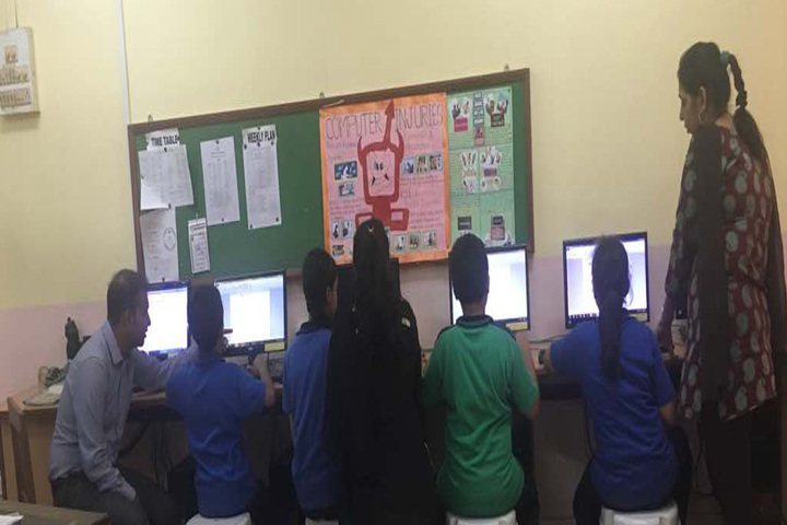 Maneckji Cooper Education Trust School-Computer Lab