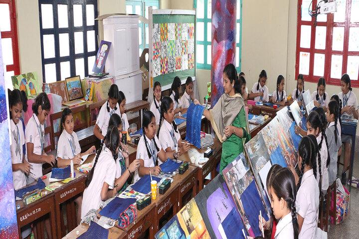 Queen Mary School-Art room