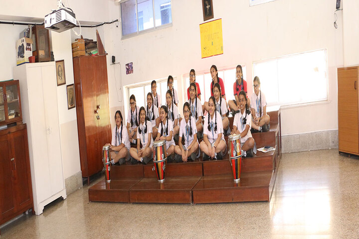 Queen Mary School-Music room