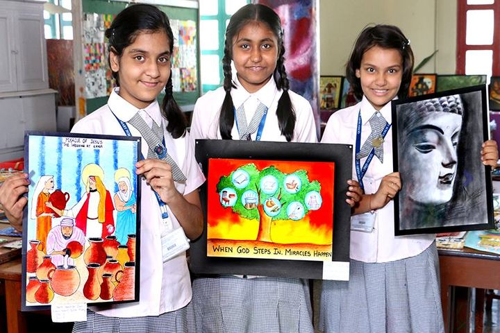 Queen Mary School-Painting