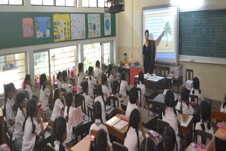 Queen Mary School-Smart Class