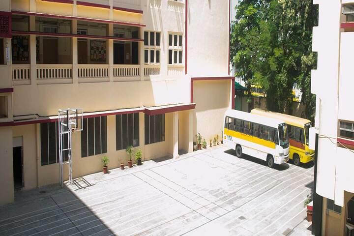 Queen Mary School-Transport