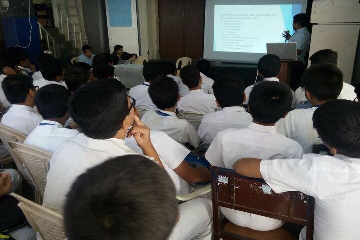 The Scholar High School-Digital Classroom