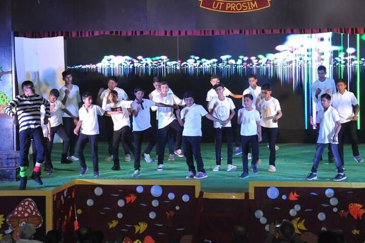 St Peters School-Dance