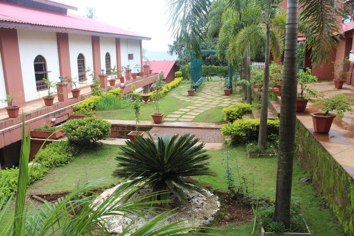 St Peters School-Garden